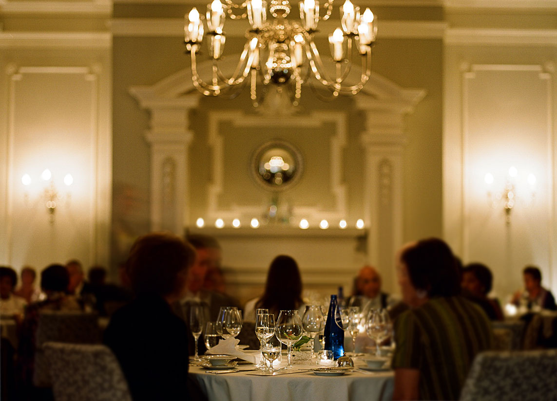 The Vancouver Club - Fine Dining in the Georgian Room
